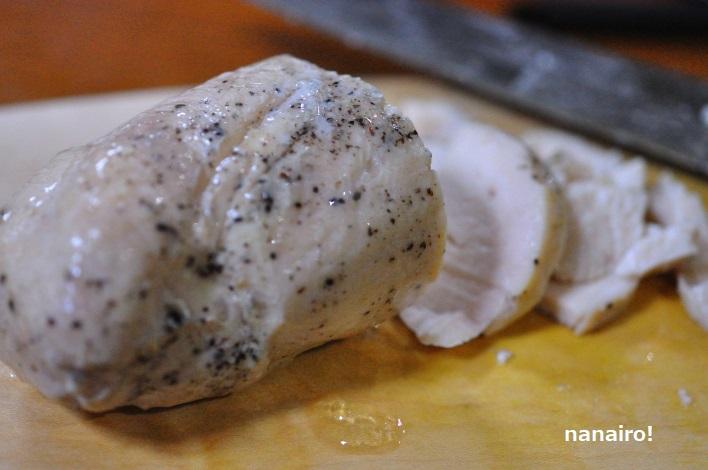 鶏ハム(黒コショウ)